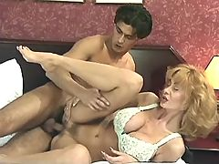 Guy jizzes on blonde milf after sex