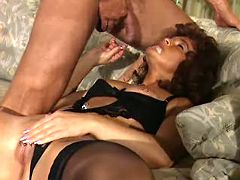 Retired slut in sexy black lingerie gets facial