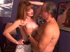 Redhead mommy having an affair in cheap hotel